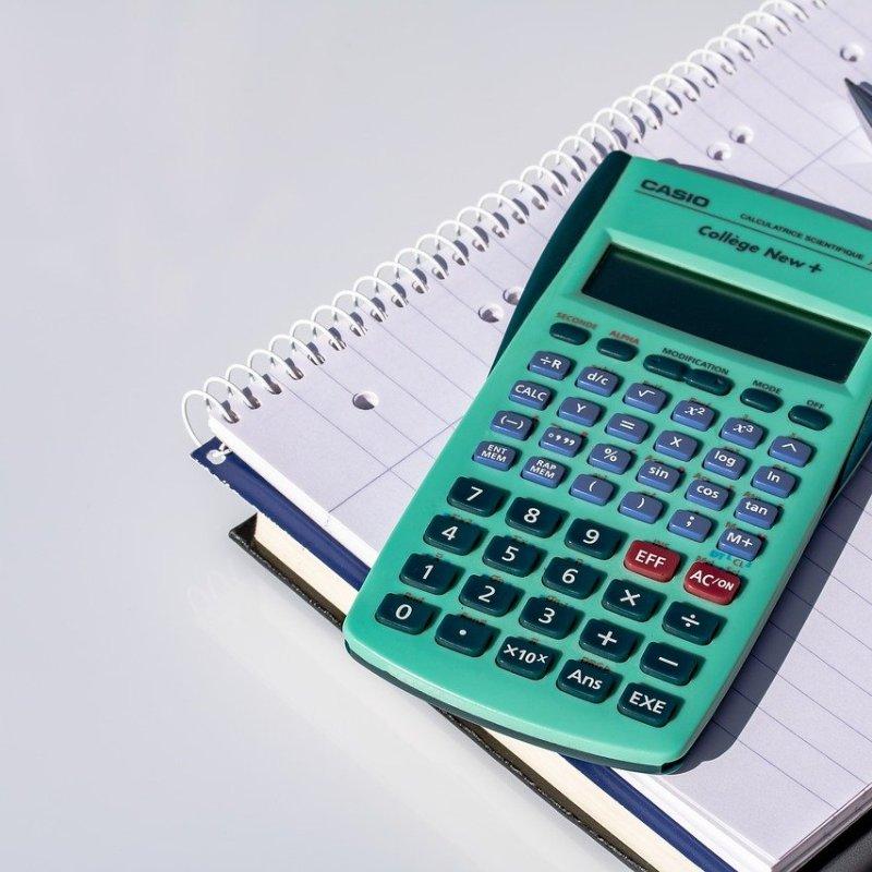 história da calculadora no mundo